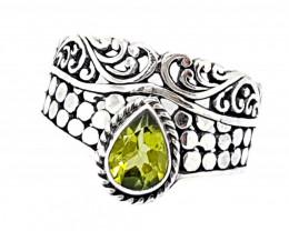 21 Carats Natural Peridot 925 Silver Ring Hand Made