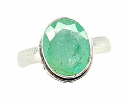 Natural Stunning Emerald 925 Sterling Silver Ring (JE38)