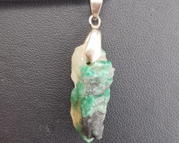 Natural Emerald Pendant.