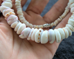 Authentic Handmade Natural Hawaiian Puka Shell Necklace 19 Inches - Gorgeou