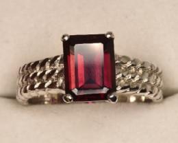 Rhodolite Garnet Ring 18.95 Carats