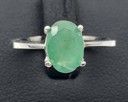 14.00 Crt Natural Emerald 925 Silver Ring