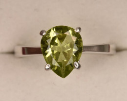 Awesome Peridot Ring 9.65 Carats