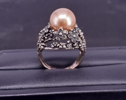 Nice Golden  Color Perl in Stainless Steel Ring 37 Ct.