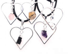 4x Heart Designs Raw Crystal,  Amethyst , Citrine ,Tourm Pendants BR 2327