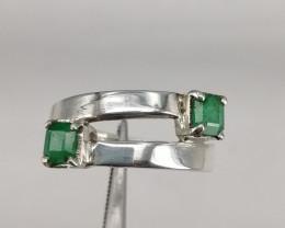 Natural  Beautiful Emerald  Ring