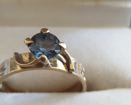 9 Ct Gold Blue Topaz Ring