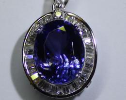 Tanzanite 8.00ct Natural Diamonds 1.05ct Solid 18K White Gold Pendant