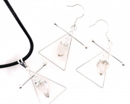 Raw Crystal Triangle Earth Symbol - 3 pc set - BR 1477