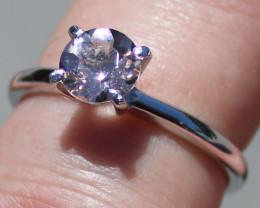 Pink Aquamarine or Rightly named Morganite 1,01ct Rhodium Finish Solid 925