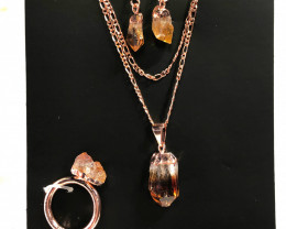 Raw Citrine 5 piece set Ring size  7  Br2273
