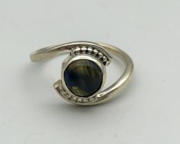 12.32 Crt Natural Labradorite 925 Silver Ring