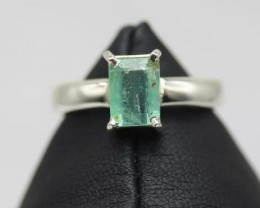 1.68 cts Natural Emerald from Afghanistan white Rhodium 925 Sterling silver