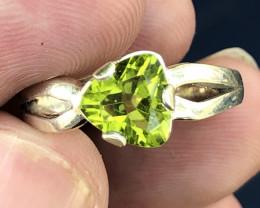 Natural Peridot Hand Made 925 Silver Ring