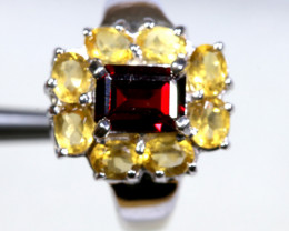 24.70 CTS CITRINE WITH GARNET  SILVER RING SG-3043