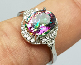 Stunning Mystic Topaz 925 Sterling Silver Ring.