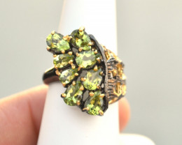 Peridot Ring in Sterling Silver -- 7.25 Grams