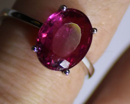 Red Tourmaline or Rubellite 4.00ct Solid 18K White Gold Solitaire Ring