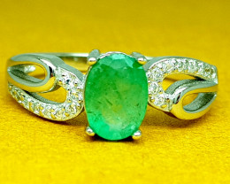 Natural Stunning Emerald Ring 925 Sterling Silver Ring