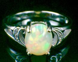 Natural Opal Sparkiling Gemstone. Silver Ring. DOP 97