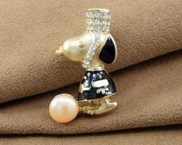'SNOOPY' Cultured Pearl Brooch