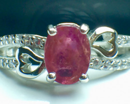 0.84 Ct Natural Ruby Unheated Mozambiq Quality Gemstone. Silver 925 Ring. D