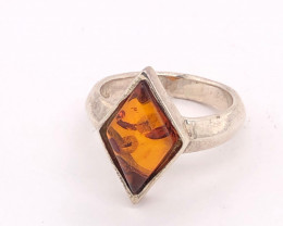 Diamond Shape Amber silver ring BR 2498