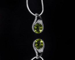 EXCLUSIVE PENDANT Made with Genuine Peridot and Sterling Silver GP161