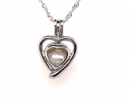Natural Fresh water pearl in heart shape pendant Br 2525