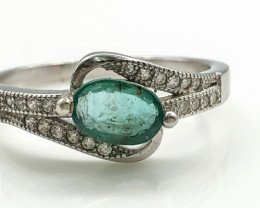 11.99 Crt Natural Emerald With Cubic Zircon 925 Silver Ring
