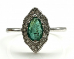 13.35 Crt Natural Emerald With Cubic Zircon 925 Silver Ring