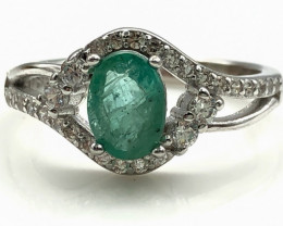 13.77 Crt Natural Emerald With Cubic Zircon 925 Silver Ring
