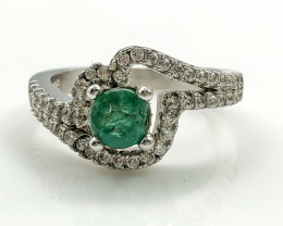 15.42 Crt Natural Emerald With Cubic Zircon 925 Silver Ring