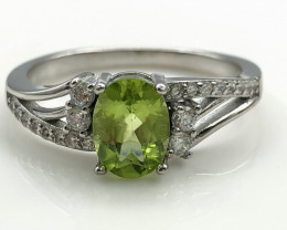 16.14 Crt Natural Peridot With Cubic Zircon 925 Silver Ring
