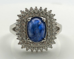 26.89 Crt Natural Sapphire With Cubic Zircon 925 Silver Ring