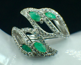 Natural Emerald Beautiful Gemstone. Silver925 Ring. DEM 134