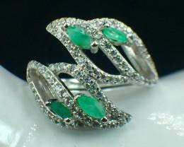 Natural Emerald Beautiful Gemstone. Silver925 Ring. DEM 134