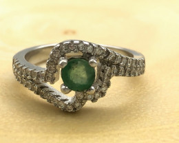 15.76 Crt Natural Emerald With Cubic Zircon 925 Silver Ring