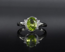 EXCLUSIVE RING Made with Genuine PERIDOT and Sterling Silver GR582