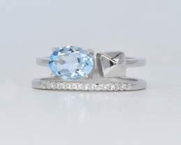EXCLUSIVE RING Made with Genuine BLUE TOPAZ and Sterling Silver GR752