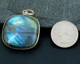 Genuine 76.00 Cts Blue Flash Labradorite Pendant