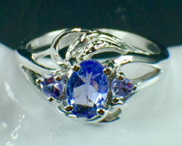 Natural Tanzanite Gemstone Beautiful Silver925 Ring. DTZ 143