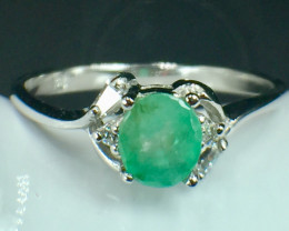 Natural Emerald Gemstone. Silver925 Ring. DED 146