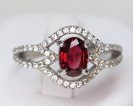 red  Spinel 1.05 cts Transparent  white Rhodium 925 Sterling silver ring