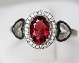 redSpinel 1.28 cts Transparent white Rhodium 925 Sterling silver ring