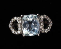 1.38 cts  Natural Aquamarine  Transparent   White Rhodium coated  925 Sterl