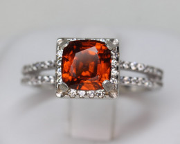 Natural 1.95 cts hessonite Garnet Transparent White Rhodium coated 925 Ste