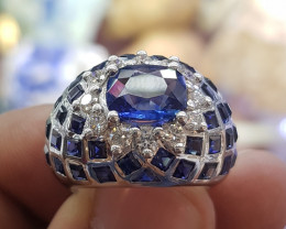 Sapphire Ring with Diamonds & White Gold