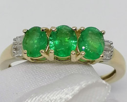 Emerald and Diamond Ring 1.05 TCW in Solid 9kt. Gold
