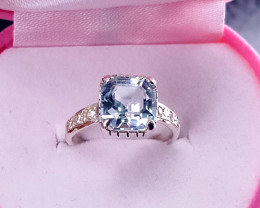 4.25 carat Natural Aquamarine Ring With CZ.